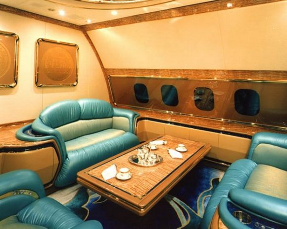 Самолёт, Султан, Бруней