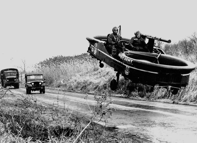 Летающие автомобили прошлого