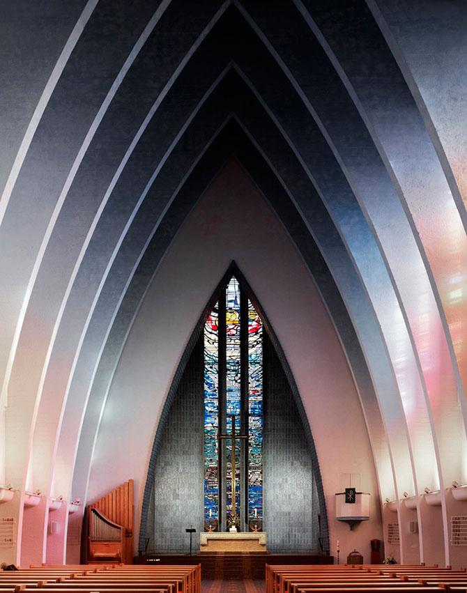 Современные церкви изнутри