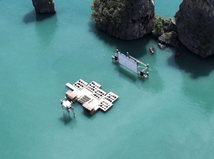 Кинотеатр в океане