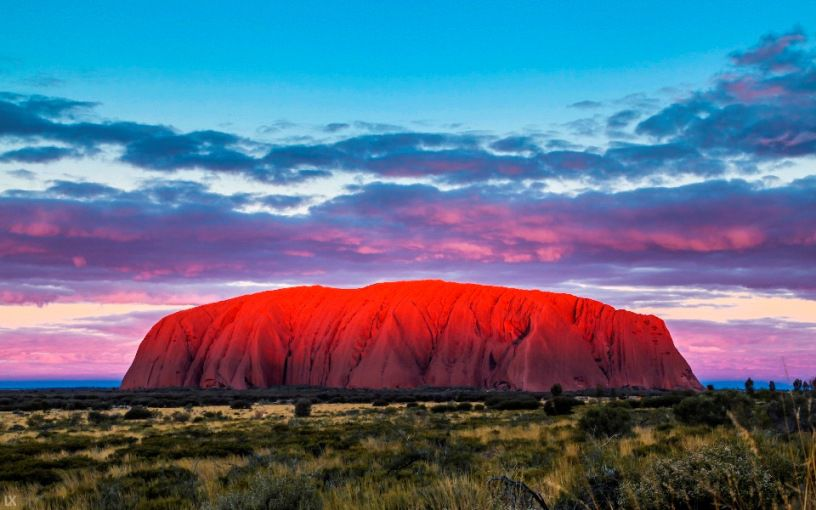 the beauty of australia essay The poet douglas stewart's vision of life is a celebration of the beauty and curiosity of australia's native b - australian vision essay.
