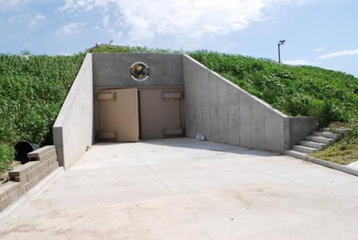 Многоквартирный бункер для выживания